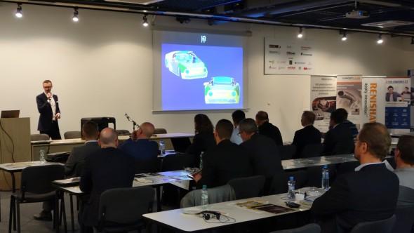 Jedním z taháků konference bylo představení 3D technologií využitých při návrhu a výrobě originálnho sportovního vozu R200 přímo tvůrci – Petrem Novaguem a Markem Hoffmanem