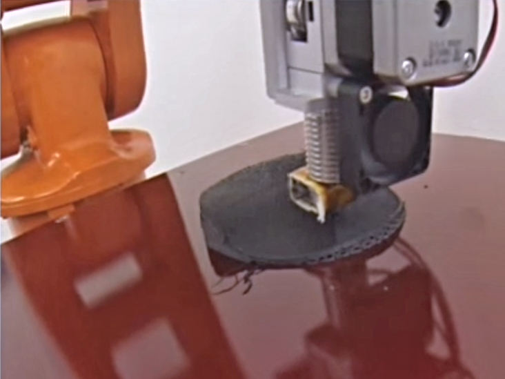 Za hranice běžného 3D tisku s víceosým řešením RAM od Arevo Labs