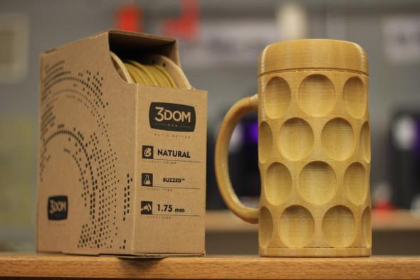 Imitace pivní sklenice vytištěná z materiálu Buzzed bude ideálním dárkem pro pravověrné pivaře (foto: 3Dom)