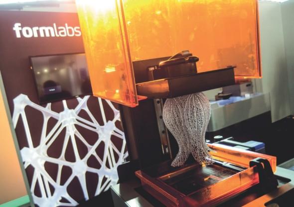 Jedna z nejvyspělejších stolních SLA tiskáren – Form 2 od Formlabs