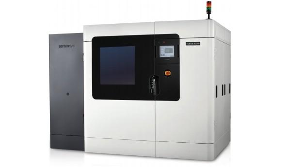 Velmi oblíbeným řešením pro produkční tisk technologií FDM je Fortus 900mc (foto: Stratasys)