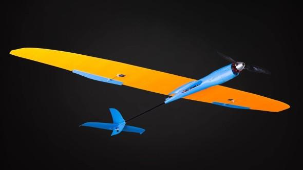 EasyMax 001 je z pohledu letových vlastností také nejpřístupnějším modelem z nabídky; příjemný letový projev s dobrou klouzavostí mají ocenit i méně zkušení piloti