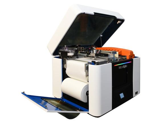 Základním stavebním materiálem je u zařízení Mcor Arke papír probarvovaný klasickou technologií inkoustového tisku (foto: MCAE Systems)