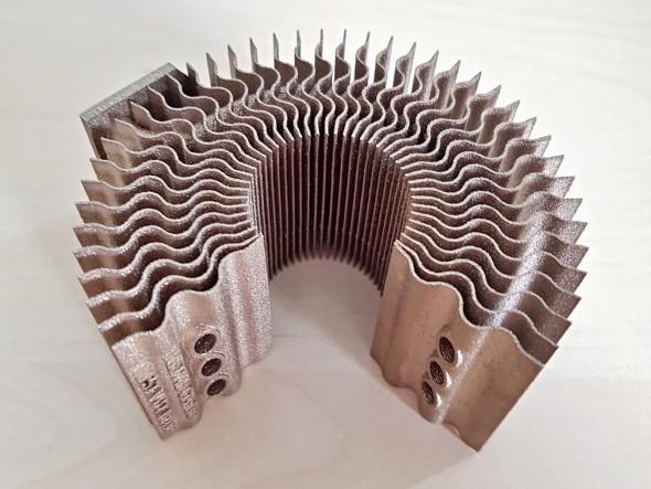 Na brněnské VUT tisknou zajímavé díly také ze slitin mědi