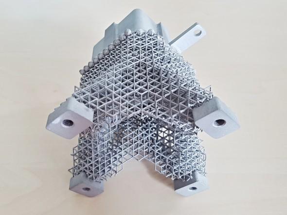 Pokročilé metody aditivní výroby umožňují realizovat tvarově velmi složité součásti, tradičními metodami nevyrobitelné