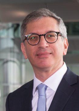 Generální ředitel Stratasysu náhle rezignoval, do vedení se vrátí zakladatel firmy Scott Crump